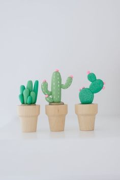 DIY: mini clay cactus