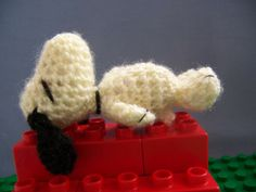 Amigurumi Woodstock Pattern : Snoopy on Pinterest Snoopy, Woodstock and Charlie Brown