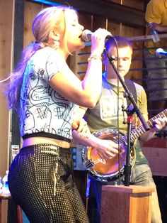 A beautiful photo capturing Lauren Alaina merging with the music…CMA Fest, 2015, HGTV Lodge (June 14, 2014)