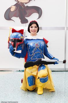 Snow White as Boba Fett Cosplay Epic Cosplay, Disney Cosplay, Amazing Cosplay, Cosplay Outfits, Cosplay Ideas, Boba Fett Cosplay, Cool Costumes, Halloween Costumes, Anime Expo