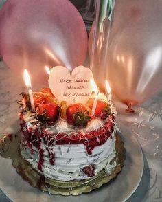 Happy Birthday Me, Girl Birthday, Birthday Cake, Tea Recipes, Cake Recipes, Cake Story, Turmeric Tea, Fake Girls, Fake Photo