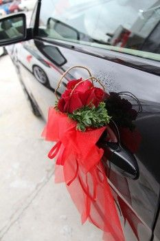 Handle Decoration  ~ By: Elegant Scent http://www.wedding.com.my/category-florist-and-decorations/7