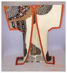 Beaded kimono - 'Silver Blooms'. Beadwork by Yvonne Kuriata.