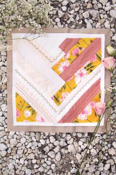 Jump into spring with the Colette block. Packed with strips of Pure Solids and vibrant florals from Printemps Fusion Collection. Fusion Art, Art Gallery Fabrics, Free Sewing, Fabric Art, Mother Gifts, Quilt Blocks, Free Pattern, Sewing Projects, Sewing Patterns