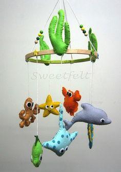 DIY felt starfish animal baby mobiles - kids crafts, handmade mobiles