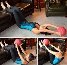 Ten la cintura que siempre has querido con estos ejercicios. con pelota efde7ebafdef