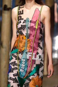 Christopher Kane spring 2014 #popart #fashion #dessin