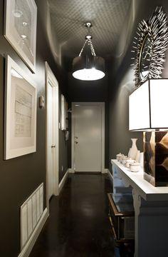 12 idées déco pour styliser un couloir long étroit ou sombre ...
