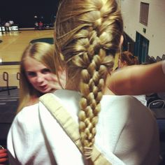 Athletic hairstyles, basketball hairstyles, volleyball braids, volleyball s French Braid Hairstyles, Ponytail Hairstyles, Cool Hairstyles, Volleyball Braids, Volleyball Tips, Volleyball Sayings, Basketball Hairstyles, Athletic Hairstyles, Sport Hair