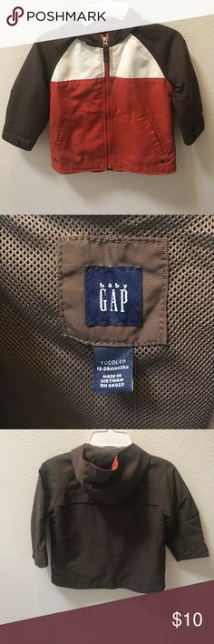 Baby Gap Baby boy Jacket with hood Such an adorable Baby Gap Windbreaker jacket for baby boys. Has Front pockets and full zipper. Does have some stains on Front as shown in last picture. Otherwise it's in great condition. Baby Gap Jackets & Coats Raincoats