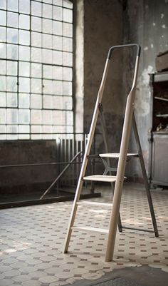 Tenzing is a minimalist design created by Germany-based designer Fritz Specht. Almost everybody owns a ladder. But mostly they are hideous o...