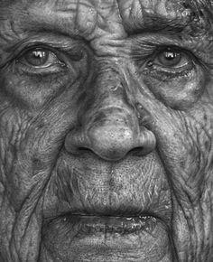As pinturas hiper-realistas de Dirk Dzimirsky