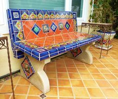 spanish style bathrooms Ideas spanish style bathrooms Modern And a Spanish-ins… Spanish Style Weddings, Spanish Style Decor, Spanish Style Bathrooms, Spanish Style Homes, Spanish Tile, Mexican Garden, Mexican Home Decor, Bad Styling, Hacienda Style