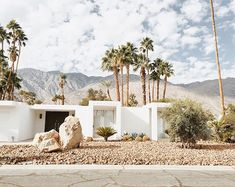 Mid-century architecture: Mid-century modern architecture projects in Palm Springs