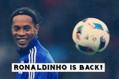 Ronaldinho Rejected An Offer To Join Leicester City In January Transfer Window Messi Vs Ronaldo, Messi And Neymar, Cristiano Ronaldo Lionel Messi, Football Daily, Latest Football News, Soccer Academy, Pro Evolution Soccer, World Cup Winners, Saints