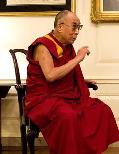 Мы – часть человечества, поэтому нам следует заботиться о человечестве. А если это не в наших силах, то мы должны хотя бы не причинять вреда.  Далай Лама