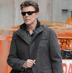 David Bowie in New York http://www.mirror.co.uk/3am/celebrity-news/david-bowie-made-emotional-final-7167863#rlabs=1%20rt$category%20p$2