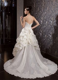 Chiffon One Shoulder Bridal Gown Wedding Dress  A-line/Princess,Floor Length,Dropped,Sweep/Brush Train,Strapless,Sweetheart,Sleeveless,Beading,Ruffles,Zipper,Taffeta,Church,Garden/Outdoor,Hall,Spring,Summer,Fall,