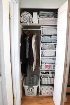 Organizing a Small Linen Cupboard! How to Organize a Small Linen Cupboard with IKEA products – DIY Passion Small Cupboard, Linen Cupboard, Cupboard Storage, Understairs Cupboard Ideas, Coat Cupboard, Laundry Cupboard, Cupboard Wardrobe, Ikea Algot, Small Linen Closets