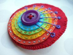 DIY with felt ~ a simple and fun applique for crochet