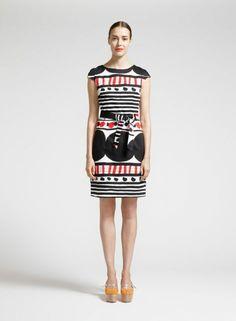 premium selection 55f28 1ec33 Pihka-mekko (valkoinen, musta, punainen)   Vaatteet, Naiset, Mekot