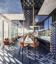 Luxus Restaurants Weltweit. Clicken Sie und entdecken wesentliche Tipps und Möbel zum Bars & Restaurants Dekoration #luxusdekor #restaurantdekor #dekortipps #restaurantdesign