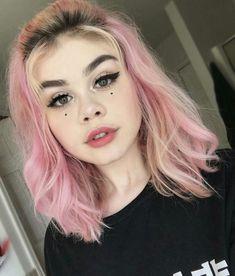 Cute Makeup, Makeup Looks, Hair Makeup, Pastel Purple Hair, Pink Hair, Medium Hair Styles, Curly Hair Styles, Pelo Multicolor, Scene Hair