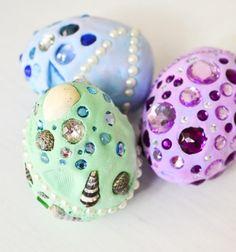 How to make fantasy dragon eggs - kids craft idea // Sárkány tojások só-liszt gyurmából kagylókkal és strasszokkal // Mindy - craft tutorial collection