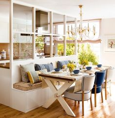 Kitchen Nook Design Ideas With Banquette Seating - Page 40 of 49 - channing news Kitchen Nook, Living Room Kitchen, Home Decor Kitchen, New Kitchen, Home Kitchens, Decorating Kitchen, Kitchen Ideas, Kitchen Banquette, Kitchen Windows