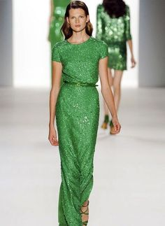 Green is trend this spring (Elie Saab)