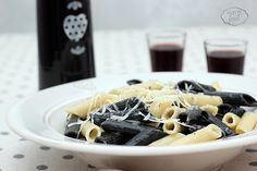 Penne Cacio & Pepe - Penne juventine Cherry Sauce, Frozen Chocolate, Penne, Delicious Food, Real Food Recipes, Mousse, Main Dishes, Paleo, Website