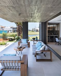 Layouts Casa, House Layouts, Modern Architecture House, Architecture Design, Modern Architects, Dream House Exterior, Balcony Design, Indoor Outdoor Living, My Dream Home