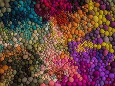 Волшебный мир цветных комочков от Чилийской художницы Серена Гарсия Далла…