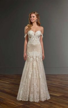 1012 Wedding Dress With Handcrafted Lace By Martina Liana Gown Pictures Dream Dresses