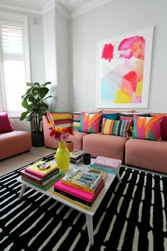 littleBIGBELL Bold living room interior ideas with Arcade from A by Amara for all seasons Decor, Color Palette Living Room, Living Room Interior, Living Room Decor Inspiration, Cheap Wall Decor, Bold Living Room, Interior, French Living Room Decor, Apartment Decor