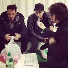 Muchas gracias @ikvoficial por la nota!! Foto: @fernando_szereszevsky #IKV #Tandil #musica #LHON #postshow #interview