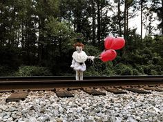 Twisted clowns terrify a lot of children, but twisted child clowns easily petrify most adults, too. 17-year-old Mississippi photographer Eagan Tilghman has released pictures of a creative photoshoot he did with his 3-year-old brother Louie, and the results look nightmarishly realistic.