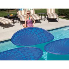 NO MORE SOLAR BLANKETS! Harness the sun's natural energy with the SwimWays ThermaSpring Solar Mat presented by Pool Stuff Express. The ThermaSpring Solar Mat maintains and raises pool temperature by r Outdoor Spaces, Outdoor Living, Solar Pool Cover, Living Pool, Cool Stuff, Cool Pools, Plein Air, Outdoor Furniture Sets, Pool Furniture