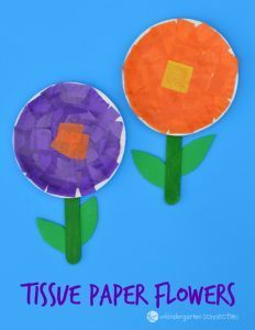 This flower craft for kids is simple and fun to make! Teach the basic parts of a flower while working on cutting and fine motor skills too. #flowers #tissuepaperflowers #flowercraft #paperplatecraft #kidscraft #preschool #kindergarten