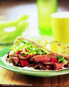 The Healthy Beef Cookbook: Steaks, Salads, Stir-fry, and More--Over 130 Luscious Lean Beef Recipes for Every Occasion (American Dietetic Association) Steak Soft Taco Recipe, Healthy Steak, Healthy Eating, Leftover Steak, Cowboy Beans, Healthy Cook Books, Steak Tacos, Venison Recipes, Beef Tips