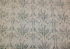 Ravelry: Project Gallery for Copertina con foglie traforate pattern by Mani di Fata