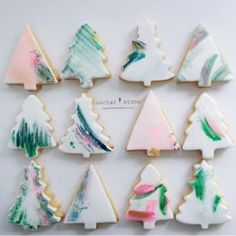Or skip the stamps and just use your favorite brushes and DIY edible paint to draw directly on the icing. 19 Creative Christmas Cookie Ideas That Are Actually Easy Fondant Cookies, Paint Cookies, Cupcakes, Christmas Tree Cookies, Xmas Cookies, Fun Cookies, Christmas Biscuits, Christmas Goodies, Christmas Treats