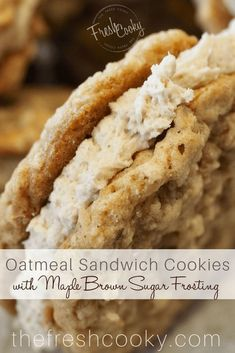 Sandwich Cookies INCREDIBLE Oatmeal Sandwich Cookies, like a handheld bowl of oatmeal! Click through for the how-to!INCREDIBLE Oatmeal Sandwich Cookies, like a handheld bowl of oatmeal! Click through for the how-to! Oatmeal Sandwich Cookie Recipe, Sandwich Cookies, Oatmeal Cookies, Maple Cookies, Cookies With Brown Sugar, Carrot Cake Cookies, Cinnamon Roll Cookies, Cookie Cakes, Oatmeal Cake