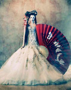 Creepy Geisha Captures : Tim Walker for W