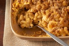 Creamy Macaroni and Cheese- Squash adds flavor and nutrition to this family favorite Healthy Holiday Recipes, Veggie Recipes, New Recipes, Cooking Recipes, Healthy Meals, Yummy Recipes, Dinner Recipes, Favorite Recipes, Creamy Macaroni And Cheese