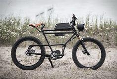 Für die kurzen Wege in der Stadt benutzt man normalerweise ein City-Bike, für die Touren durchs Gelände eher ein Mountainbike. Was aber, wenn du dein Fahrrad sowohl für den Weg zur Arbeit als auch für die Fahrt durch die Natur verwenden willst? Dann ist das Scrambler E-Bike der niederländischen Firma ...