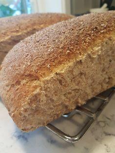 Bread Recipes, Cake Recipes, Cooking Recipes, Holiday Desserts, No Bake Desserts, Norwegian Food, Food Humor, Bread Baking, No Bake Cake