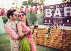 Offbeat Mehendi Outfits Spotted On Real Brides Mehndi Outfit, Creative Wedding Favors, Looking Gorgeous, Beautiful, Mehendi, Image Photography, New Trends, Photoshoot, Brides