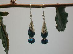 Boucles d'oreille perles gouttes bleues à facettes fait main Boucles d'oreille par cathycreations
