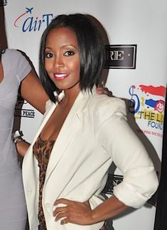 Look at keisha knight pulliam new haircut at a private dinner for Ludacris Labor Day weekend event. Keisha has been wearing her hair long for a while, and recently cut her hair into a bob haircut. Bohemian Hairstyles, Summer Hairstyles, Cute Hairstyles, Relaxed Hairstyles, Black Hairstyles, Keisha Knight Pulliam, Black Hair Magazine, Natural Hair Styles, Short Hair Styles